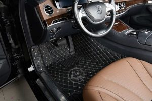 Manicci Luxury Car Floor Mats black with beige 4