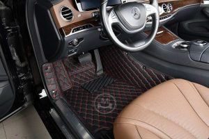 Manicci Luxury Car Floor Mats black with red 4